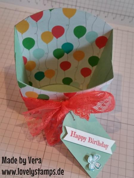Pommesbox_fries_Designerpapier_Bunte-Party_Minzmakrone