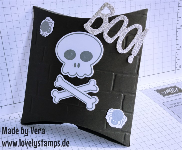 Pillowbox_black_Halloween